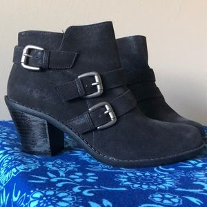 Never been worn Crown Vintage Saint Ankle Boots